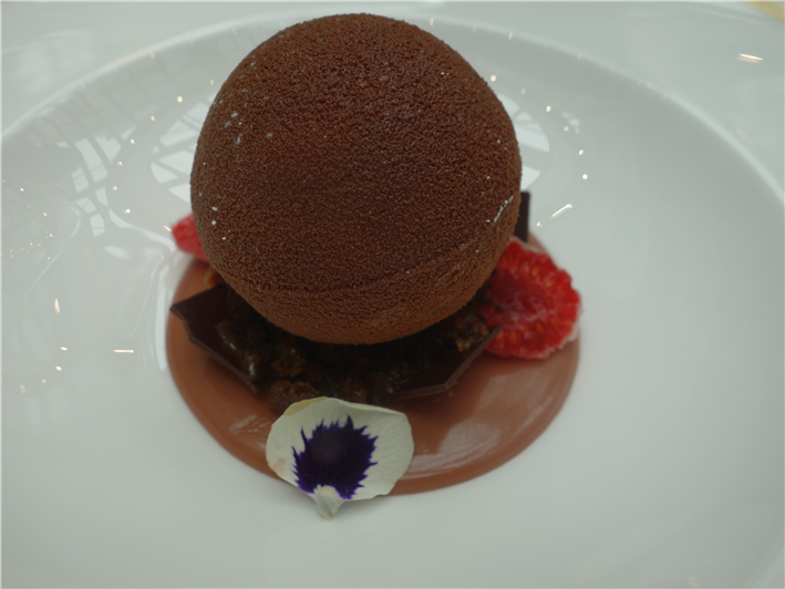 tiramisu chocolate sphere