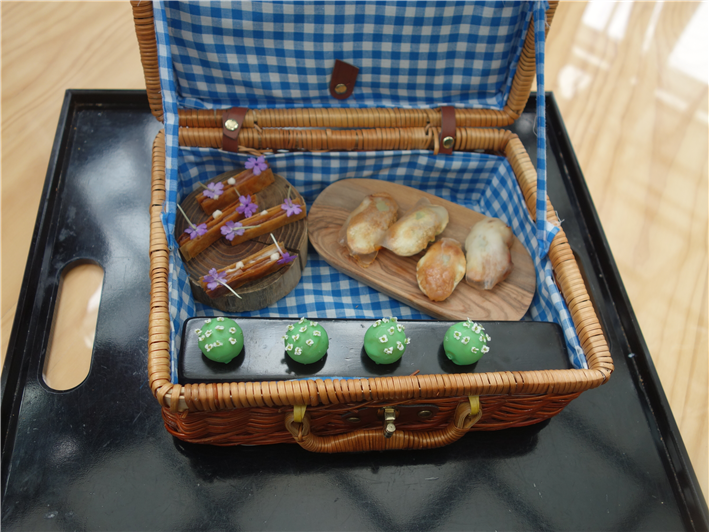 picnic hamper in 2014