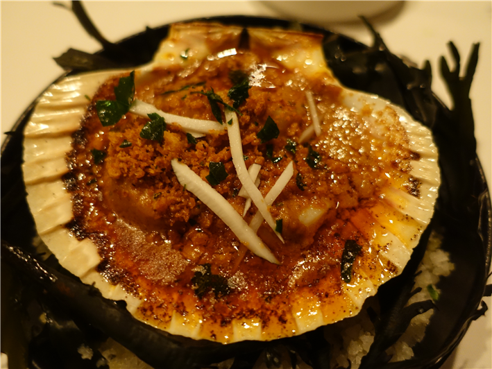 scallop with coconut curry