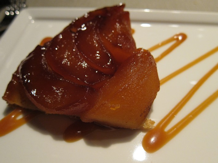 tarte tatin close up