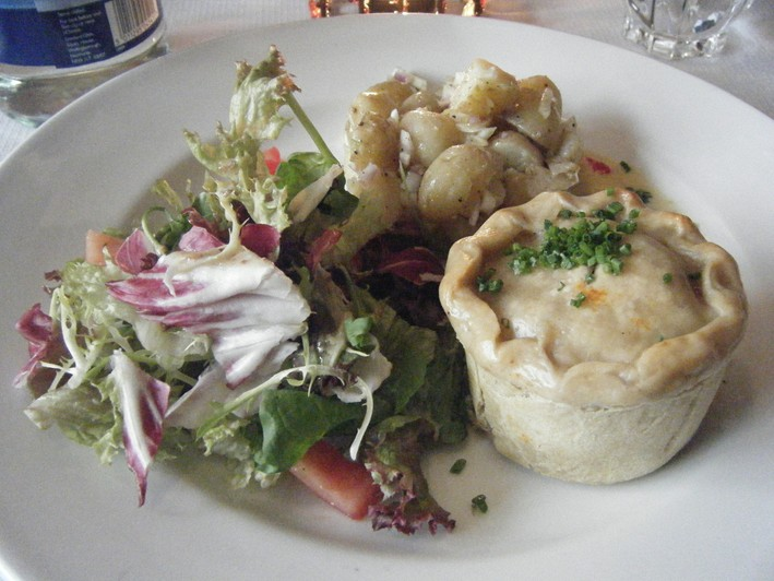 leek and mushroom pie and salad