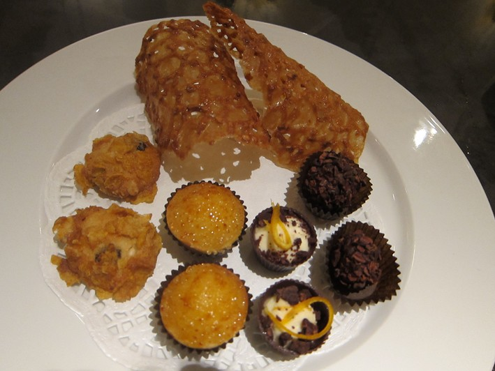 plate of petit fours