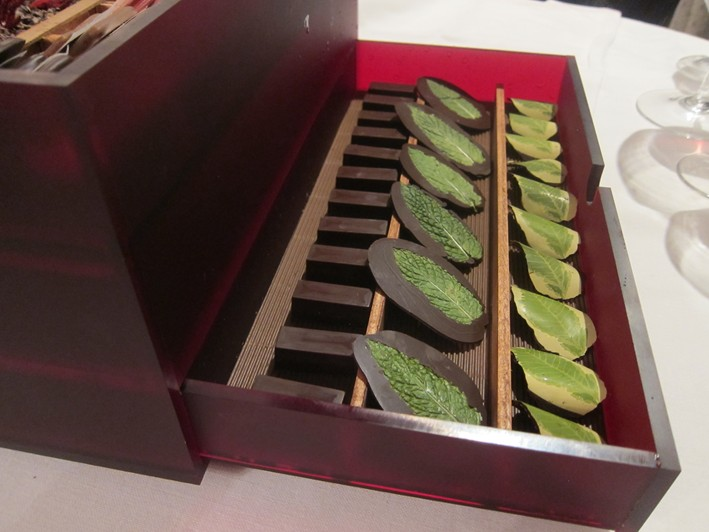 petit fours box 2