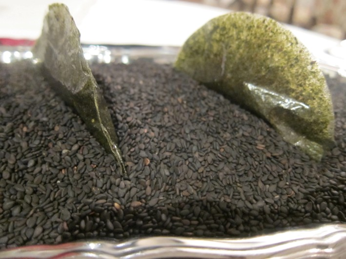sesame paste in nori crisp