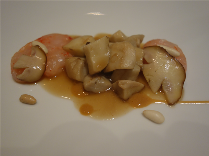 ceps with shrimp tartare