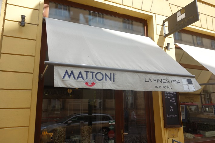 Review of italian restaurant la finestra in prague in the czech republic by andy hayler in april - Ristorante la finestra ...