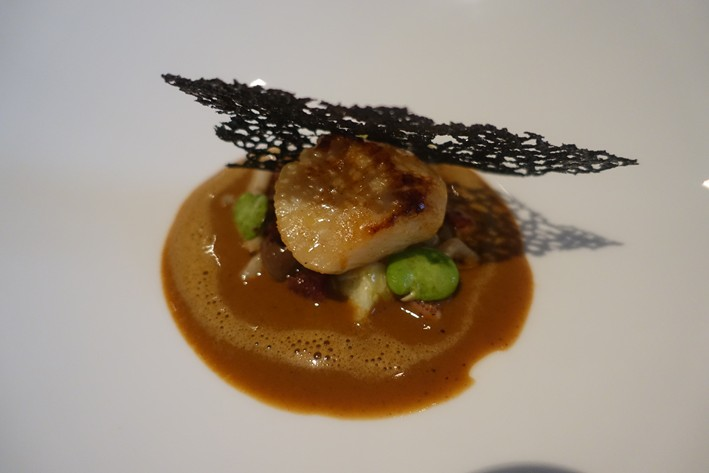scallop with sauce