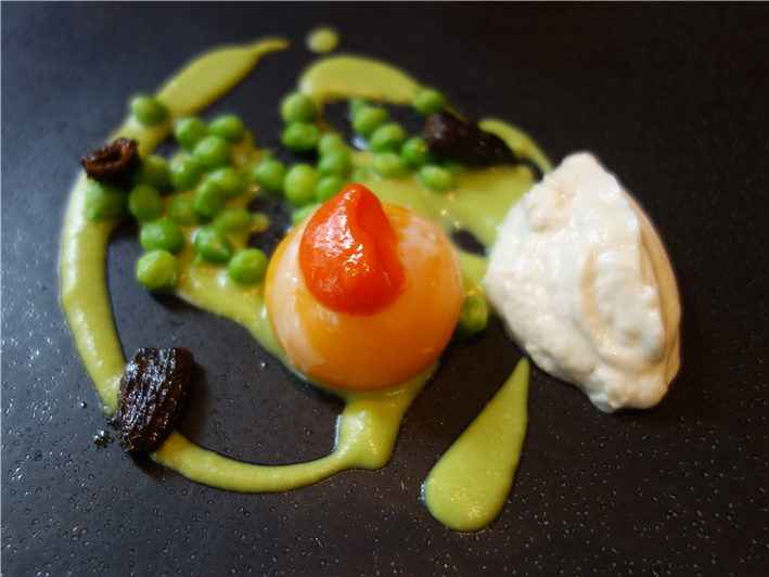 slow-cooked egg, morels and peas