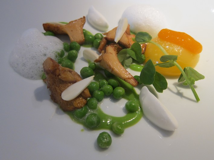 egg peas and girolles