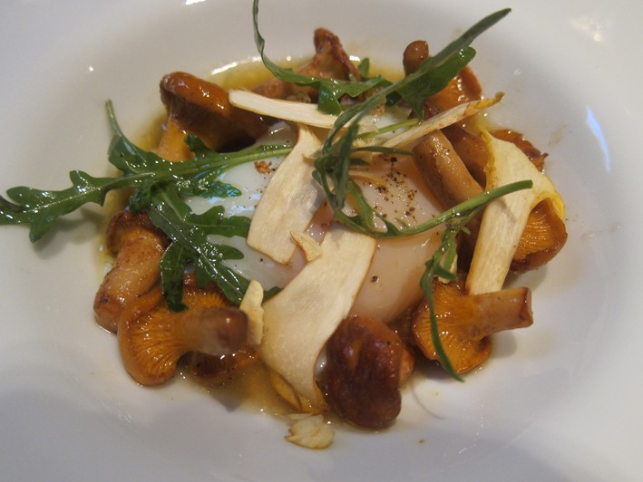 slow cooked egg with girolles