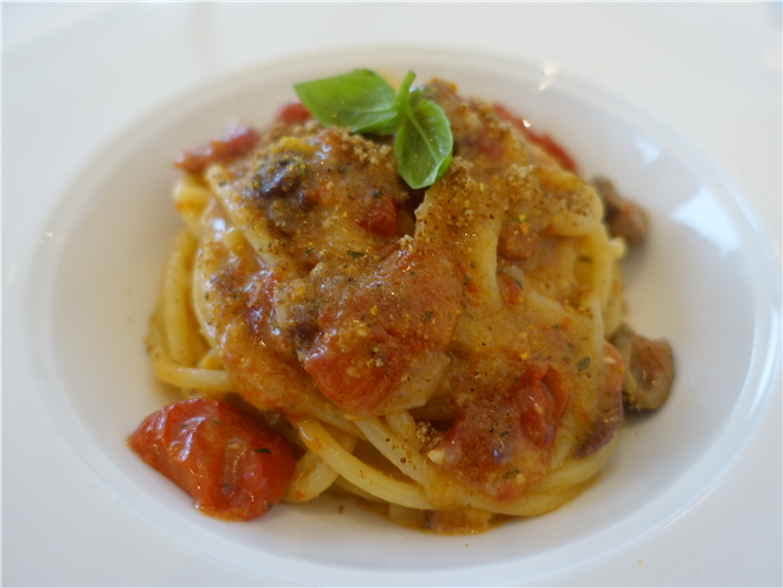 spaghettini with tomato