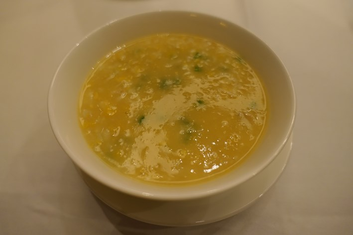 swimmer crab and sweetcorn soup