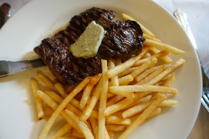 onglet and fries