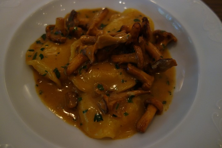 ravioli with girolles