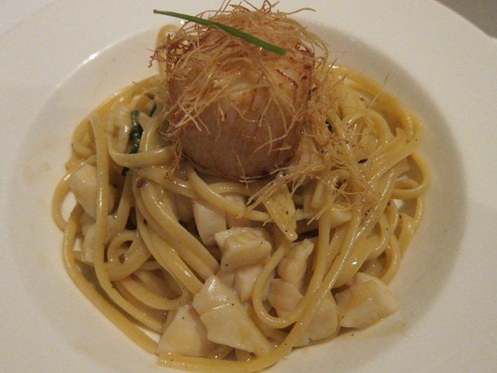 scallop with pasta