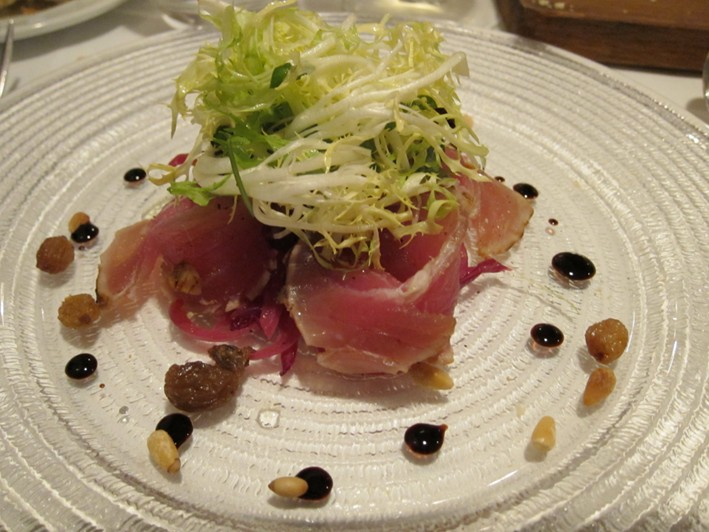 seared salt crust tuna