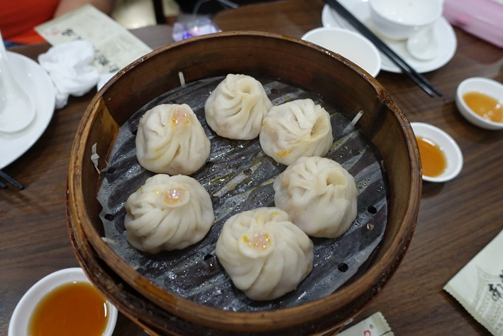crab roe dumplings