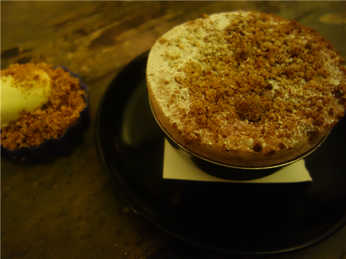 apple and blackberry crumble soufflé