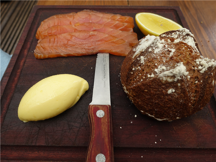 smoked salmon and soda bread