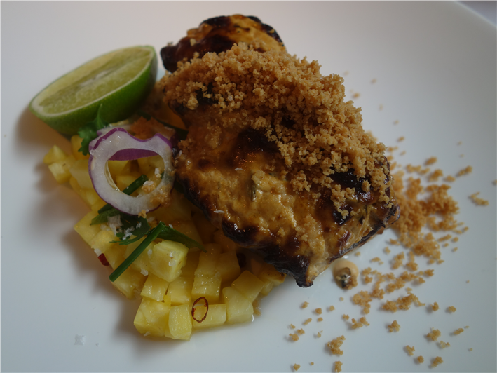 bream with pineapple