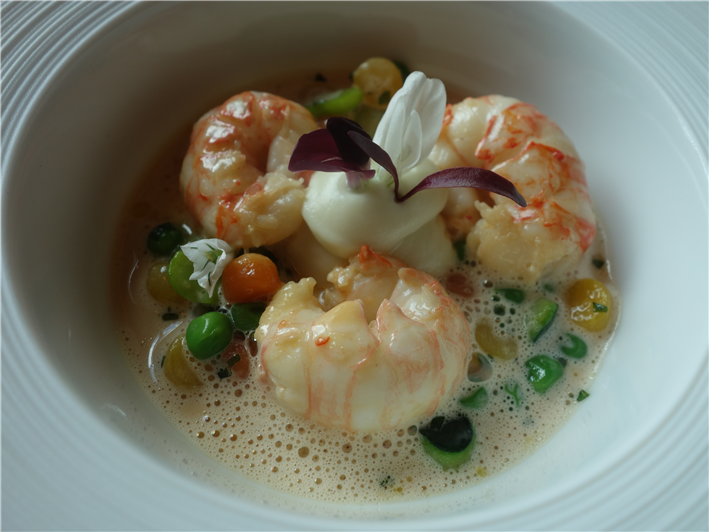 langoustines with cauliflower puree