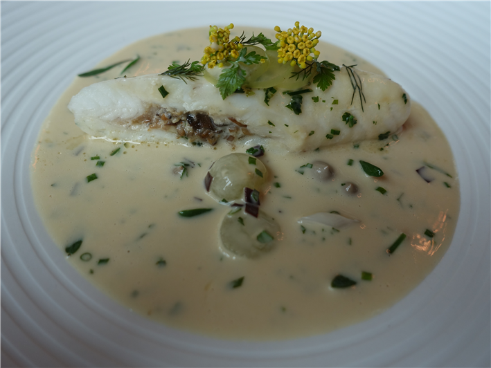 Dover sole with champagne sauce