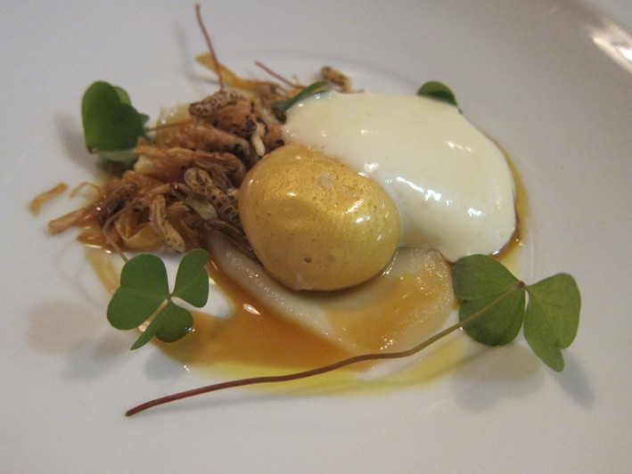 egg and wild puffed rice
