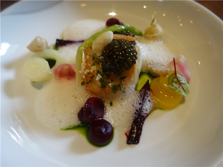 scallop with beetroot