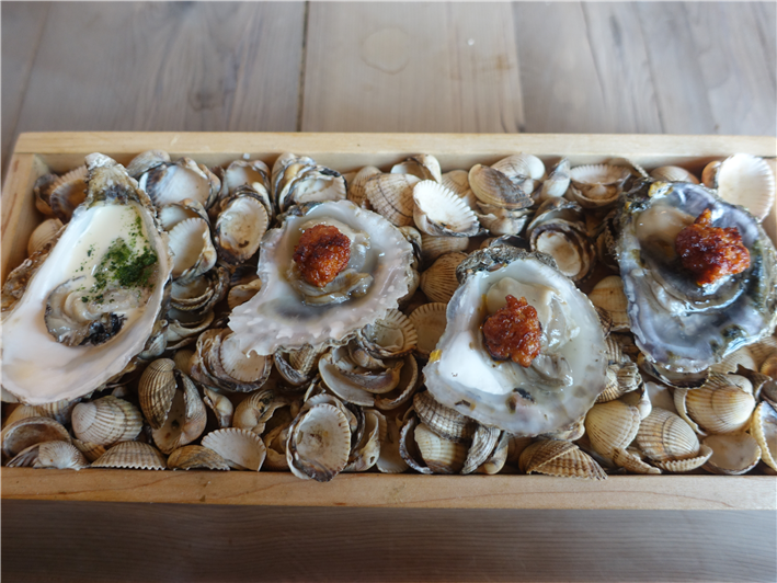 oysters with chorizo