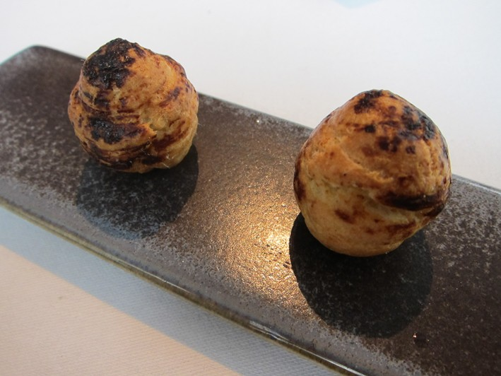 onion gougeres