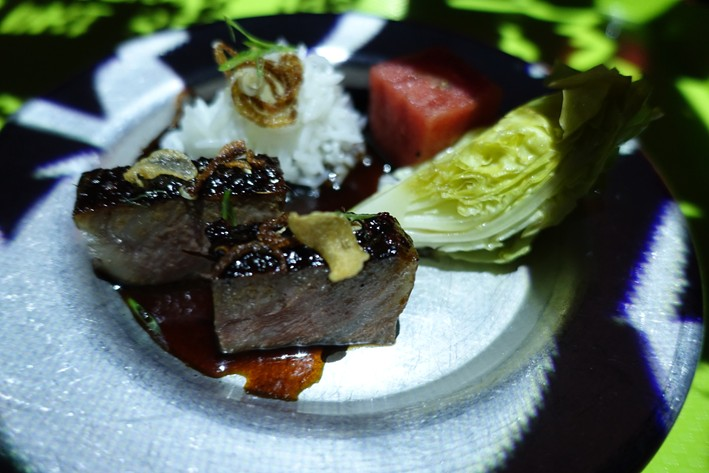 wagyu beef with pepper sauce
